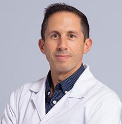 Dr. Marcos Agostinho